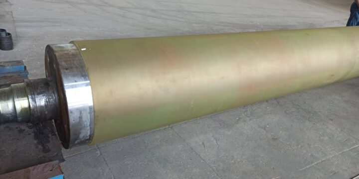 Mastered the production of polyurethane-coated tambour shafts for a format up to 6 meters